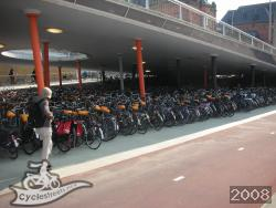 Dutch levels of cycle parking
